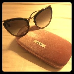 AUTHENTIC MIU MIU Sunglasses with case